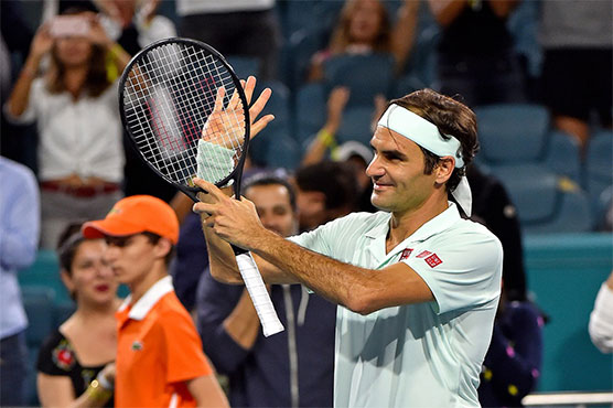 Roger Federer and Denis Shapovalov set up Miami Open semi-final