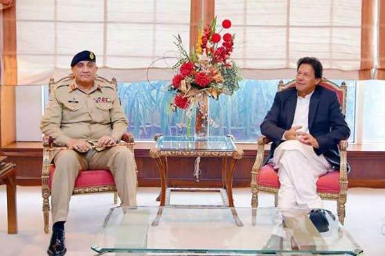 इमरान खान की भी नहीं सुनती पाकिस्तान आर्मी, पीएम के निर्णय को पलटा, कहा...