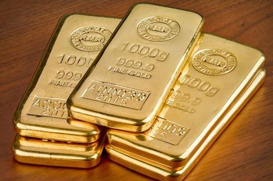 Gold Hits Rs72 000 Per Tola Spot