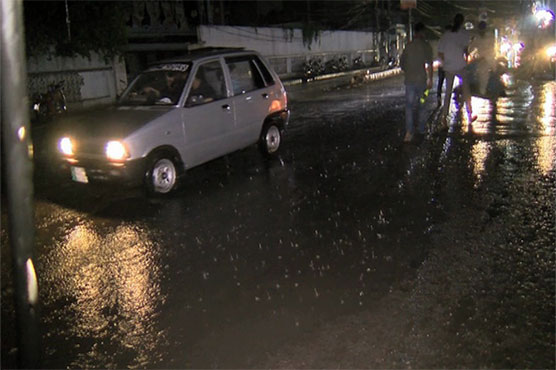 Heavy rain lashes parts of country including Lahore