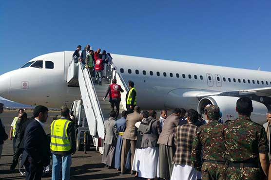 Houthi prisoners released by Saudi arrive in Yemeni capital