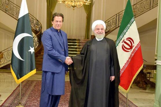 وزیراعظم عمران خان کا خلیج میں امن اور استحکام کے فروغ کے لیے ایران کا دورہ