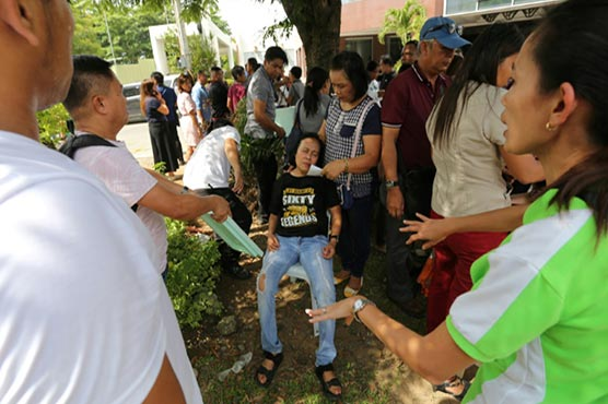 Strong quakes hit south Philippines, injuries reported
