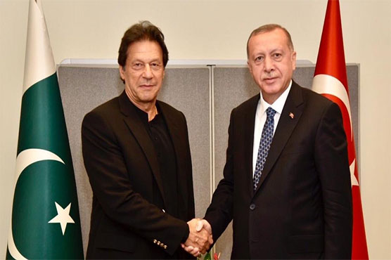 PM Imran calls on Turkish and Iranian presidents, discusses Kashmir issue