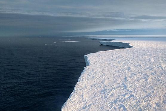 Damaged Oceans Worsen Climate Change for Humans