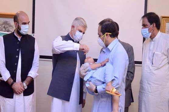 KP CM launches polio campaign in 21 high-risk districts