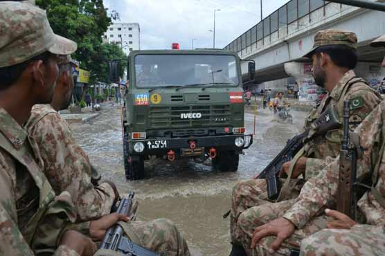 Pak Army continues relief and rescue efforts in flood hit areas of Karachi