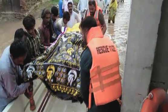 People forced to carry 'dead' on boats after heavy rains across country
