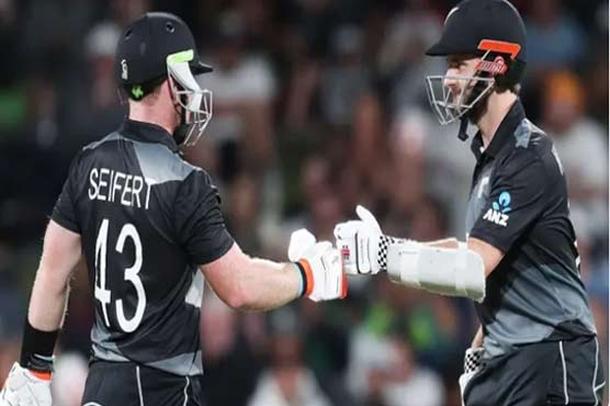 New Zealand defeat Pakistan by nine wickets in second T20I