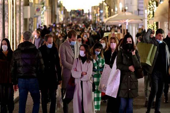 England, Italy brace for Christmas lockdowns as Europe battles virus surge