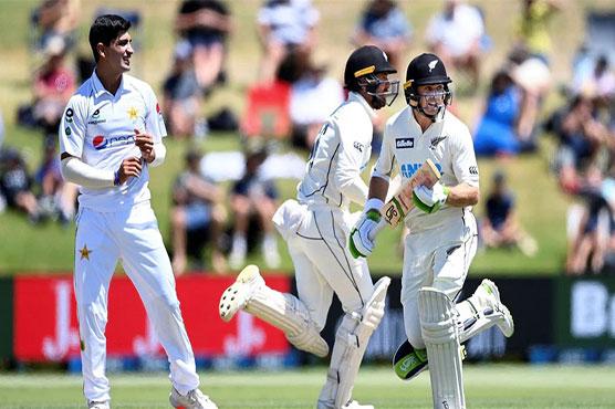 New Zealand declare to set Pakistan imposing 373 target