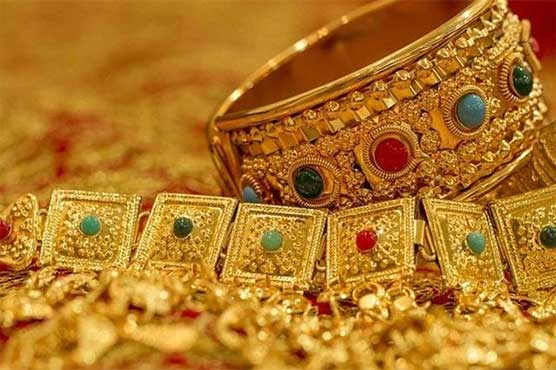 Gold Price Gains Rs100 Traded At Rs90