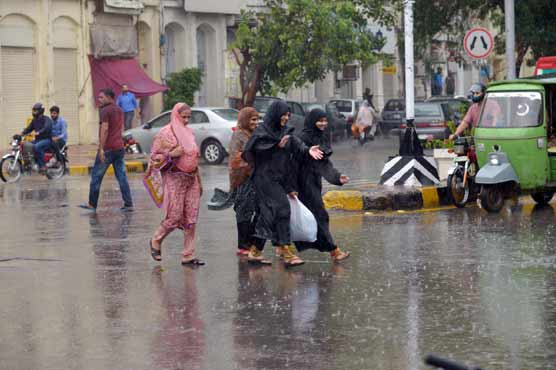 Rain in parts of Lahore brings relief from scorching heat