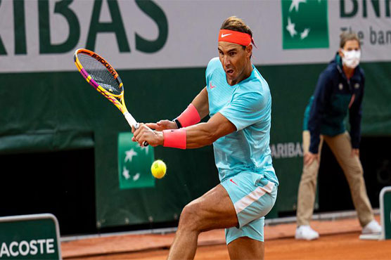 Nadal eases through as Williams overcomes early hiccup at French Open