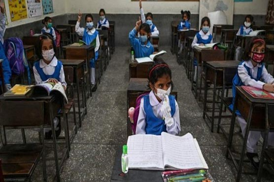 Sindh mulls closure of schools amid spike in COVID-19 cases