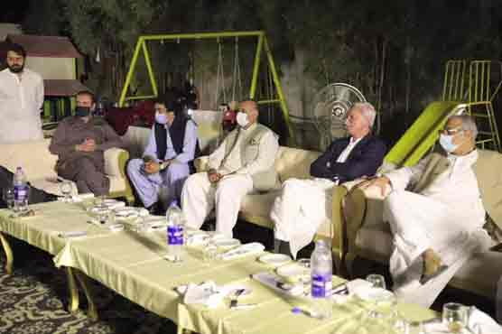 In show of power, Jahangir Tareen hosts dinner for like-minded PTI members