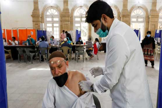 Vaccination of citizens aged 50-59 starts across Pakistan
