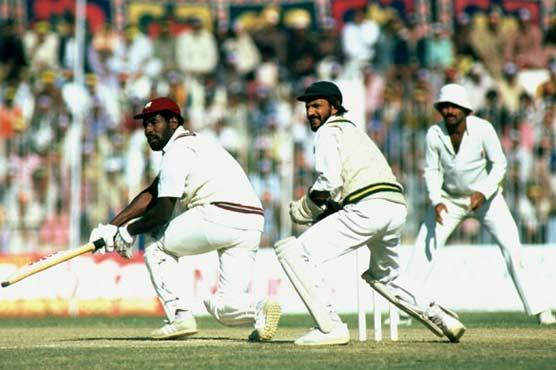 پاکستان اور ویسٹ انڈیز کے کرکٹ مقابلوں کی تاریخ کیا ہے؟