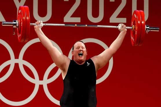 Transgender Olympian Hubbard hailed as debate rages