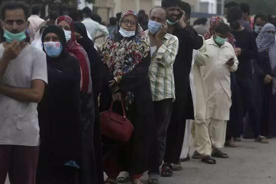 Sindh govt fails to enforce lockdown in Karachi