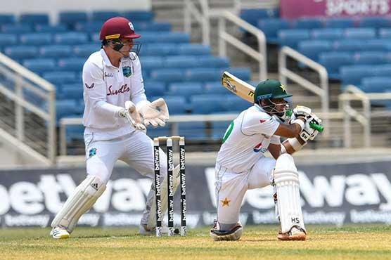 Roach double strike stuns Pakistan