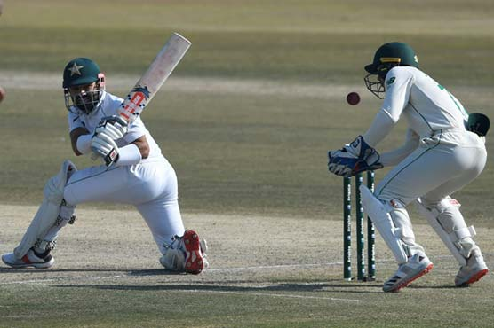 South Africa set 370-run target after Pakistan dismissed for 298