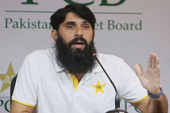 Misbah hints at playing with Malik, Hafeez in T20 World Cup