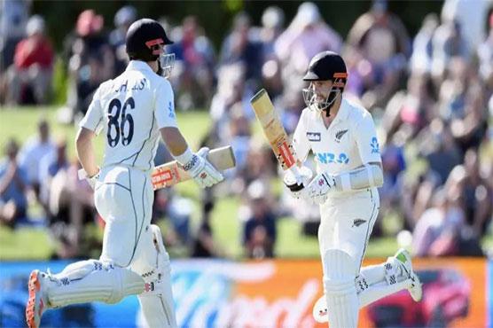 Williamson, Nicholls hurt Pakistan with triple-century stand