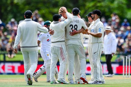 New Zealand beat Pakistan by an innings and 176 runs in 2nd Test