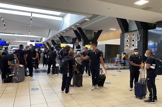 South Africa team reach Pakistan after thirteen years