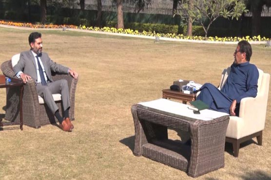 Governor SBP briefs PM Imran on overall economic situation