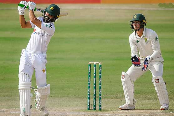 Pakistan 308-8 on day two in reply to South Africa's 220