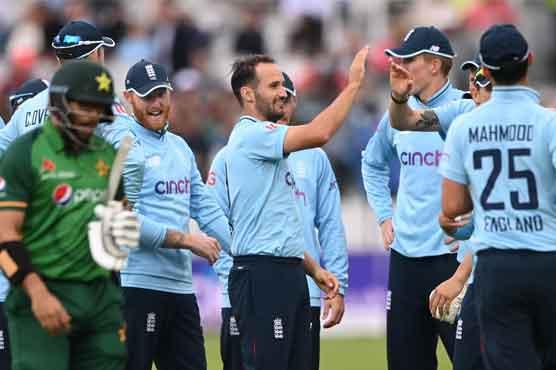 England 'C-team' thump Pakistan by 52 runs, clinch series