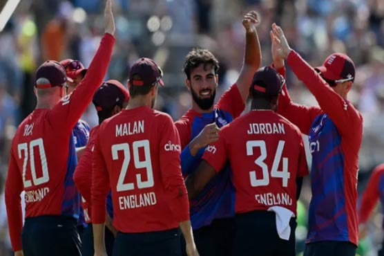 Second T20I: England beat Pakistan to level series 1-1