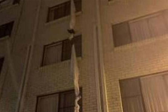 قرنطینہ سے بچنے کیلئے آسٹریلوی شخص ہوٹل کی چوتھی منزل سے کود کر فرار