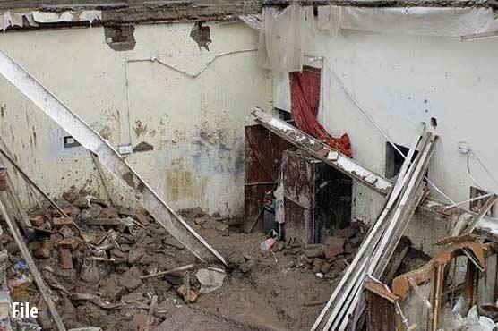 Several injured as torrential rains devastate in Sukkur