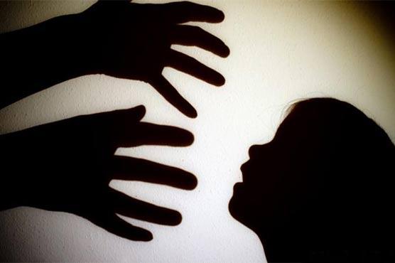 رائیونڈ میں کمسن بچی سے زیادتی کا ملزم گرفتار، مقدمہ درج کرنے کا حکم