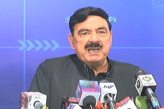 Sheikh Rashid asks foreigners living illegally in Pakistan to leave before August 14
