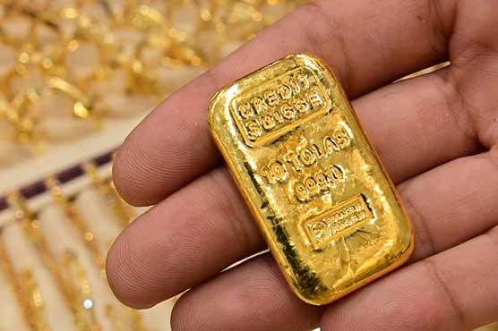 فی تولہ سونا 650 روپے سستا