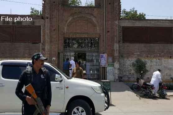 منڈی بہاؤالدین: مسلح افراد کی فائرنگ، عدالت سے واپسی پر ٹیکسی ڈرائیور سمیت 4 قتل