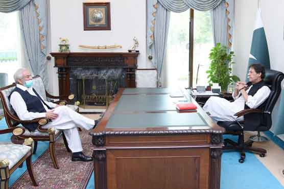 PM Imran, PCB Chairman discuss matters of domestic, international cricket