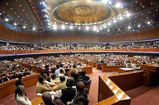 Lawmakers for increase in govt employees' salaries by 10-20pc