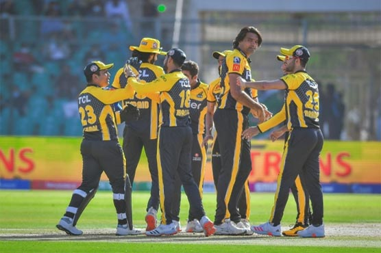 Peshawar Zalmi fined for maintaining slow over-rate