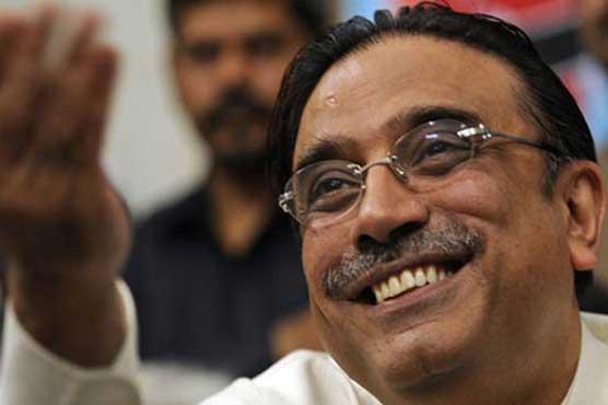 Asif Zardari urges Nawaz Sharif to return to Pakistan
