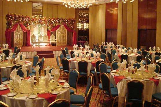 Peshawar: Five banquet halls managers arrested for violation of SOPs