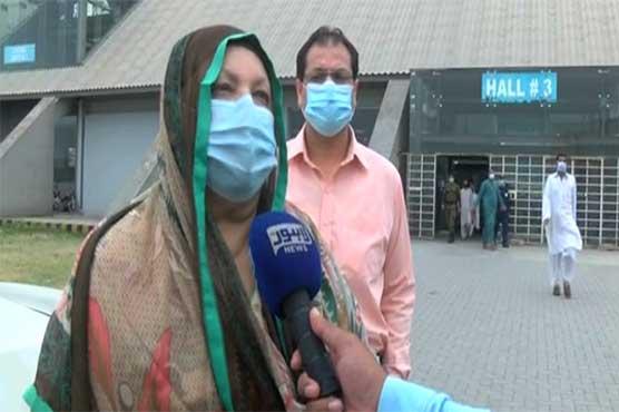 Yasmin Rashid inspects vaccination arrangements at Expo Center