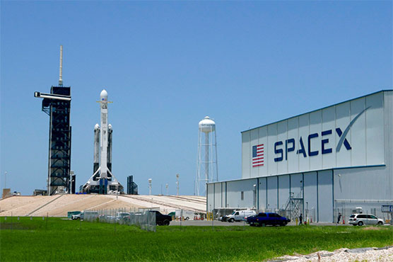SpaceX to launch lunar mission paid with cryptocurrency Dogecoin