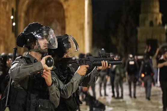 17 more Palestinians injured in Israeli police attack