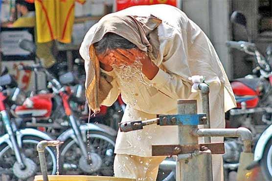 کراچی میں ہیٹ ویو کا خدشہ، 17 مئی تک موسم شدید گرم رہنے کی وارننگ