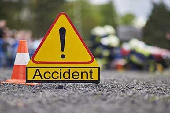 نارووال: تیز رفتار کار کی موٹر سائیکل کو ٹکر، 4 افراد جاں بحق